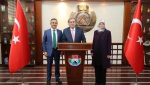 Prof. Dr. İbrahim Saraçoğlu, Rize'de