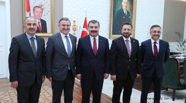 Vali Çeber, Başkanlığındaki Rize Heyetinden Sağlık Bakanına Ziyaret