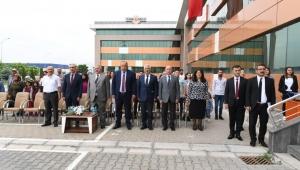 Kayseri OSB Teknik Koleji'nde Mezuniyet Heyecanı..