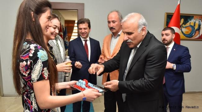 Trabzon Büyükşehir Belediyesinde bayramlaşma töreni gerçekleştirildi.