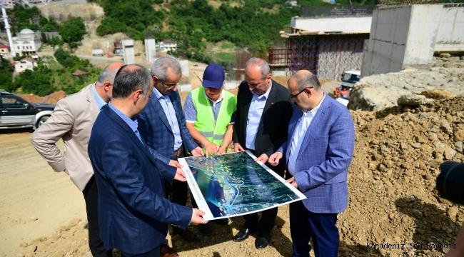 Ulaştırma ve Altyapı Bakanı Mehmet Cahit Turhan Trabzon'da