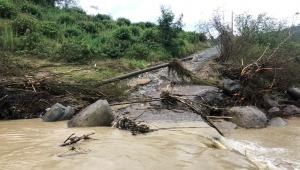 Karasu'da Sel Bilançosu Ortaya Çıkmaya Başladı