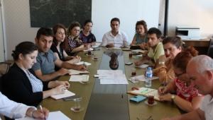 Başkan yardımcıları personelle toplantı gerçekleştirdi