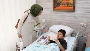Hastalara Moral Ziyaretleri Devam Ediyor