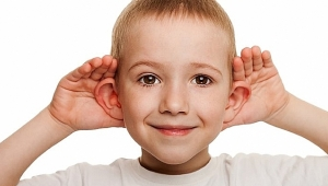 Kepçe kulak sorunu okul hayatını olumsuz etkiliyor