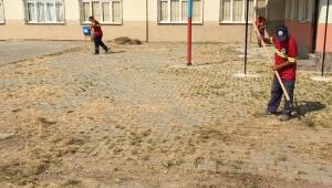 Karasu Belediyesi'nden Okullara Temizlik Desteği