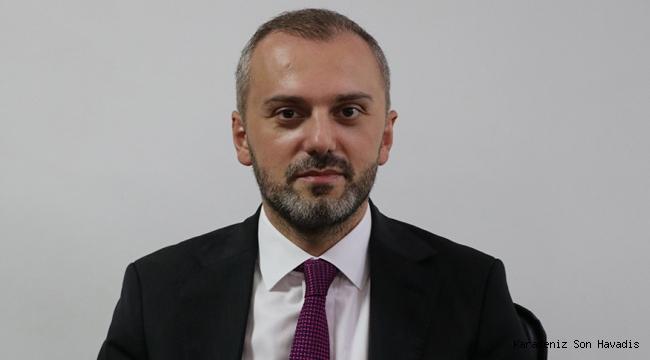 AK Parti Genel Başkan Yardımcısı Erkan Kandemir, Keşan İlçe Başkanlığı ziyaretinde konuşma yaptı.