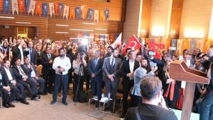 AK Parti Genel Başkan Yardımcısı Kandemir, İzmir İl Danışma Meclisi Toplantısı'na katıldı