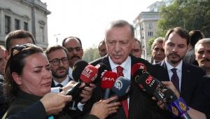 Cumhurbaşkanı Erdoğan, Cuma namazını Dolmabahçe Bezm-i Alem Valide Sultan Camisi'nde kıldı