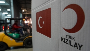 Arnavutluk'taki Depremzedelere Türk Kızılay Yardımı