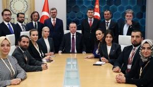 Cumhurbaşkanı Erdoğan, ABD dönüşü uçakta gazetecilerle söyleşi gerçekleştirdi