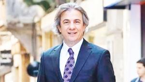Kültür ve Turizm Bakan Yardımcısı Ahmet Misbah Demircan Beyoğlu'ndaki Atlas Pasajı'nda incelemede bulundu.