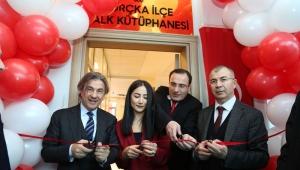 Kültür ve Turizm Bakan Yardımcısı Misbah Demircan Borçka'da Kütüphane Açtı