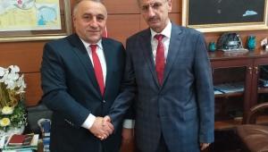 Trabzonlular Derneği Başkanı'ndan Vali Bektaş'a Ziyaret