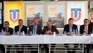 Vali Ustaoğlu, 'Karadeniz'de Sürdürülebilir Balıkçılık' Paneline Katıldı