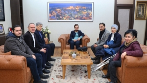 Başkan Köse, Kızılay Safranbolu ve Türkiye Sakatlar Derneği Karabük Şubesi İdarecilerini Ağırladı
