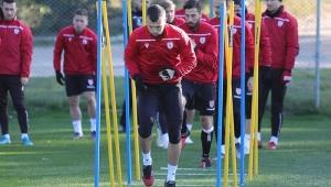 Samsunspor ikinci yarı hazırlıklarını Antalya'da sürdürüyor