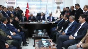 """""""Türkiye Cumhuriyeti dendiği zaman dosta güven veriyor, düşmana korku salıyoruz"""""""