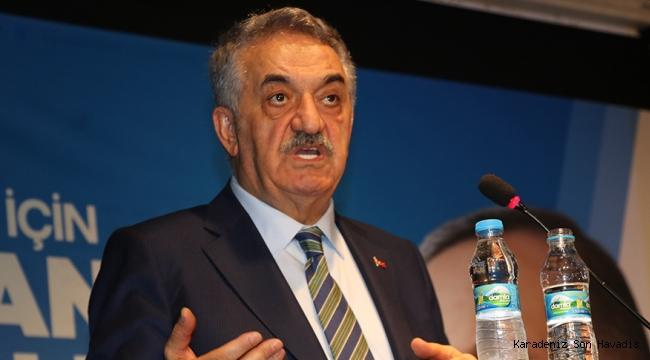 AK Parti Genel Başkan Yardımcısı Hayati YazıcıBolu Merkez İlçe Kongresine katıldı.