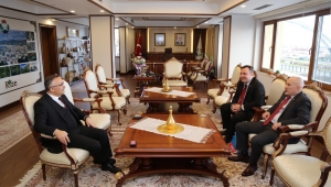 Başkonsolos Japaridze'den Vali Çeber'e Ziyaret