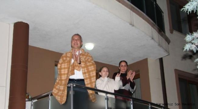 Başkan Turgut Babaoğlu ' EVDE KAL HENDEK'