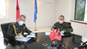 Arnavutluk Cumhuriyeti Savunma Bakanlığı ile 30 Hafif Piyade Tüfeğinin Hibesi İçin Teknik Protokol İmzalandı.