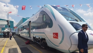 Türkiye'nin ilk yerli ve milli elektrikli treninin üretimine ASAŞ destek verdi!