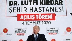 Türkiye'yi üç kıtanın sağlık merkezi yapma hedefimizde kararlıyız