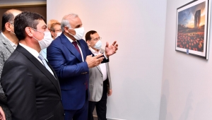 Başkan Zorluoğlu, fotoğraf sergisine katıldı