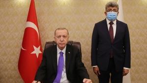 Cumhurbaşkanı Erdoğan, Van Valiliğini ziyaret etti