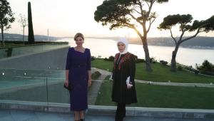 Emine Erdoğan, Ukrayna Devlet Başkanı'nın eşi Olena Zelenska ile görüştü