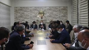 Mehmet Özhaseki, AK Parti Ağrı İl Başkanlığı ve Ağrı Belediyesi'ni ziyaret etti.