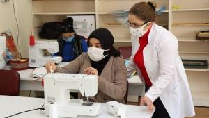 SAKEM'de Kurslar Pandemi Koşullarında Devam Ediyor