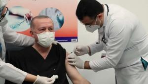 Cumhurbaşkanı Erdoğan, Koronavirüse karşı CoronaVac aşısı yaptırdı