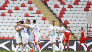 FT Antalyaspor: 2 - Çaykur Rizespor: 3