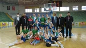Rize Belediyespor Kadın Basketbol takımı, Altınel Spor'a 56 sayı fark attı grupta 5'te 5 yaptı