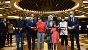 """Emine Erdoğan, görme engellilere yönelik """"Tablolar Konuşuyor Dijital Resim Sergisi""""nin açılışını yaptı"""