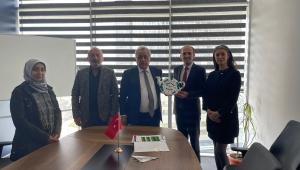 AKES-DER Yönetiminden Onursal Başkan Saffet Kaya'ya Ziyaret