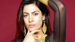 Sivri dilli Şarkıcı Tuğba Ekinci'de Haberci oldu