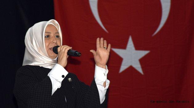 AK Parti Genel Başkan Yardımcısı Öznur Çalık, Miraç Kandili dolayısıyla mesaj yayımladı