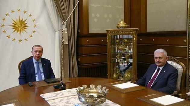 Cumhurbaşkanı Erdoğan,  Başbakan ve MİT Müsteşarı ile görüştü