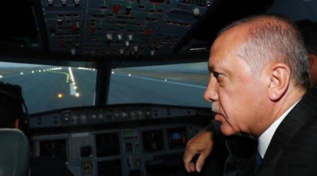 Cumhurbaşkanı Erdoğan'ın uçağı, İstanbul'un 3. havalimanına ilk inişi gerçekleştirdi