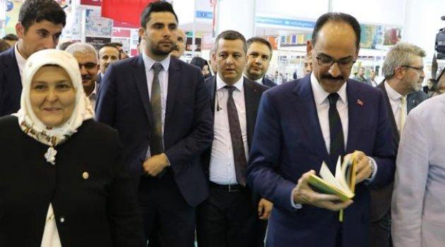 Cumhurbaşkanlığı Sözcüsü Kalın, Kahramanmaraş'ta Kitap Fuarı'nı ziyaret etti