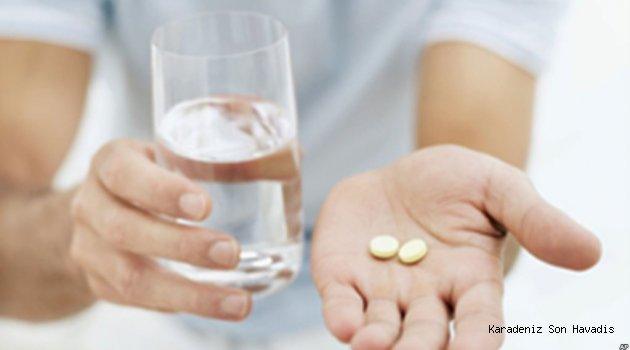 İlaç kullanan daha fazla su tüketmeli!