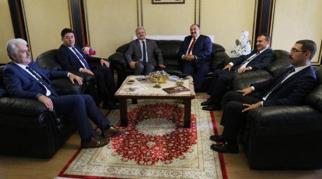 İŞKUR Genel Müdür Yardımcısı Uzunkaya, Başkan Kasap'ı  Ziyaret Etti