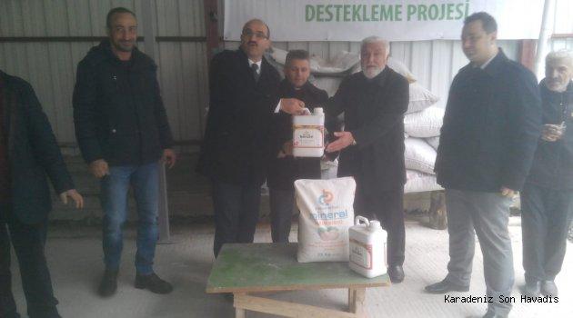 Organik tarım yapan çiftçiler Gümrükçüoğlu'na teşekkür etti