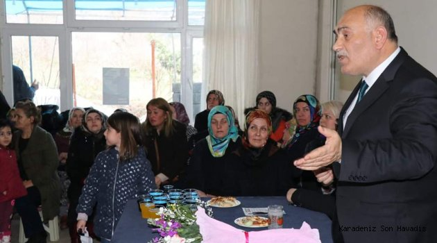 Şahin'in ev toplantısı mahalle mitingine döndü