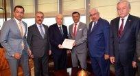 İYİ Parti İstanbul Milletvekili Hayati Arkaz resmen MHP'de