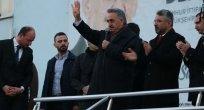 """Hayati Yazıcı """"AK Parti siyasetinin merkezinde millet var"""""""