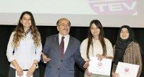 TEV başarılı öğrencileri ödüllendirdi